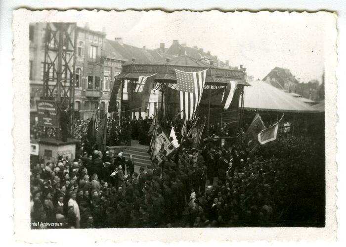 Le 8 mai 1945 est un grand jour de fête à Hoboken