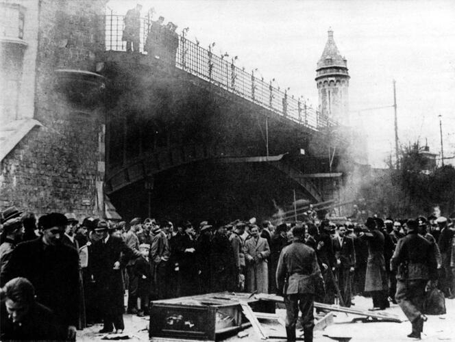 Violence contre les juifs le lundi de Pâques 1941. © Collection SegeSoma/Archives Royales