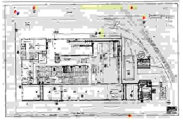 Une carte de l'usine Ford avec indication des impacts des obus